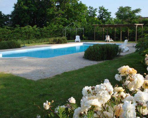 Jardin-gite-fleurs-hotes (15)