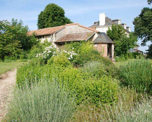 Jardin-gite-fleurs-hotes (9)